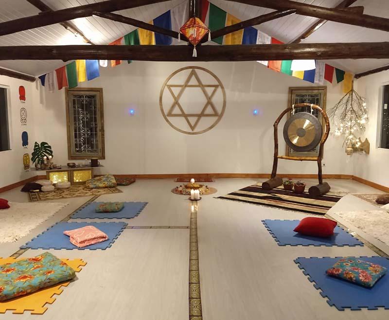 gaia_de_luz_amoestarbem_turismo_de_bemestar_templos