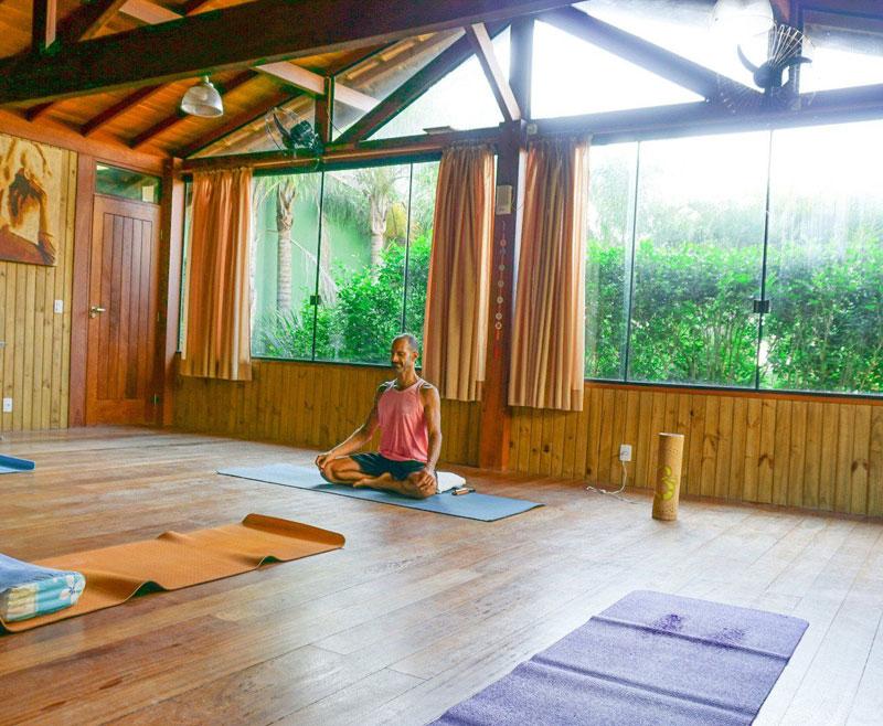 pousada_vila_tamarindo_amoestarbem_turismodebemestar_yoga_floripa